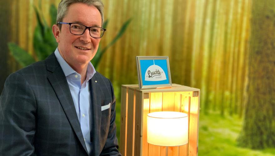 """Willkommen beim ersten Chef-Storytelling Blog Österreichs! Heute bei """"Erleuchtend erzählt"""" im Interview - Christoph Obererlacher."""